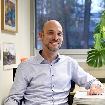 Dr. Sebastian Pfaller